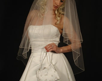 wedding veil. bridal veil with scattered pearls. 2layer wedding veil with pencil edging and scattered pearls