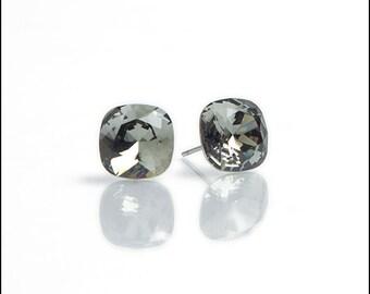Swarovski Crystal Stud Earrings | Gray 10 mm