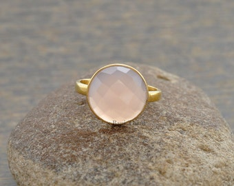 Pink Chalcedony Ring - Bezel Ring - Gemstone Ring - Sterling Silver Ring - Birthstone Ring - 12mm Round Cut - #1029