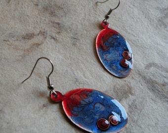 Oval Dangle Earrings made of copper and painted with blu/red enamel - Enameled copper jewelry