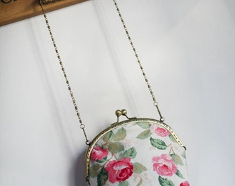 Rose Vintage style Metal frame purse/coin purse / handbag /Pouch/clutch/tote bag/ Kiss lock frame bag