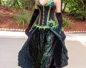 Poison Ivy corset ball gown cosplay costume dress, Size S-M, in green, black and gold