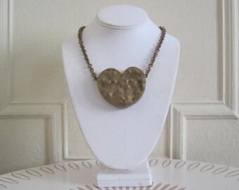 Hammered Heart - Margaret Ellis, vintage 1980s Bronze Necklace