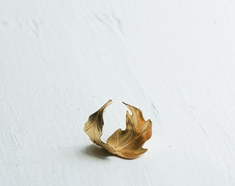 Gold Leaf Ring, Gold Oak Leaf Ring, Autumn Ring, Forest Ring, Woodland Wedding, Bridesmaid Gift, Gift for Her, Garden Wedding, Gold Ring