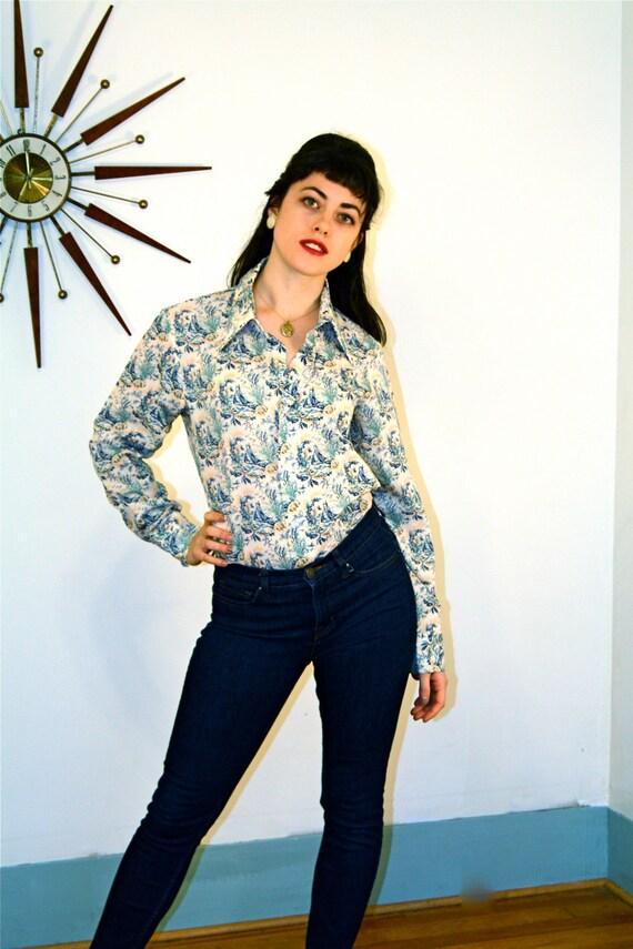 Vintage 70s LEVIS Blouse, Levis Panatela shirt, Nautical Print, Long Sleeve shirt, 70s Butterfly Collar, 1970s Button Down, Mens Levis shirt