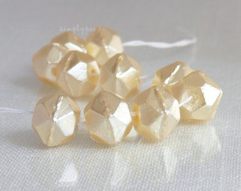 10mm English-Cut Pearl Cultura Czech Glass Beads 10