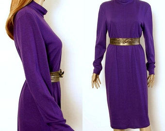 Vintage 1980s Purple Dress Lightweight Wool Knit Sheath Dress / US 4 to 6