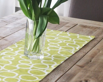 Green Table Runner - Green with White Free Hand Style for this Fabric Table Runner