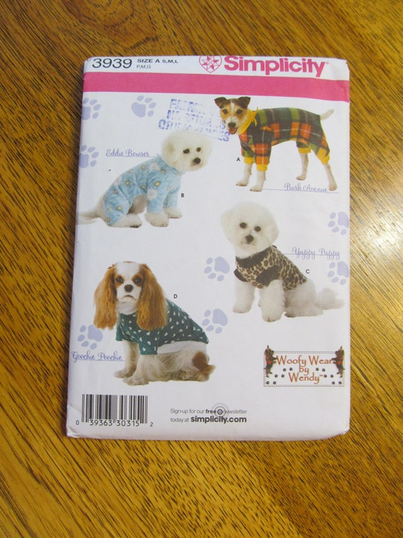 Cute Clothing for Dogs - DESIGNER Coats by Woofy Wear - UNCUT Sewing Pattern Simplicity 3939
