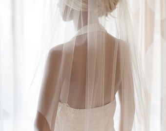 Wedding Veil, Elbow Length Veil, Bridal Veil, Silk Cathedral Veil, white, ivory, illusion or glimmer tulle fingertip, hip lenght veil Loren