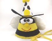 Bumble Bee Birthday Puppet Hat