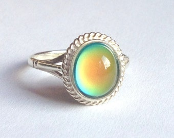 Mood Ring Sterling Silver 925 - 10x8 mm