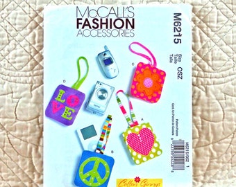 Cell Phone Case Pattern, McCalls M6215 Crafts, Phone or MP3 Player Cases with Strap, Two Sizes, 2010 Uncut