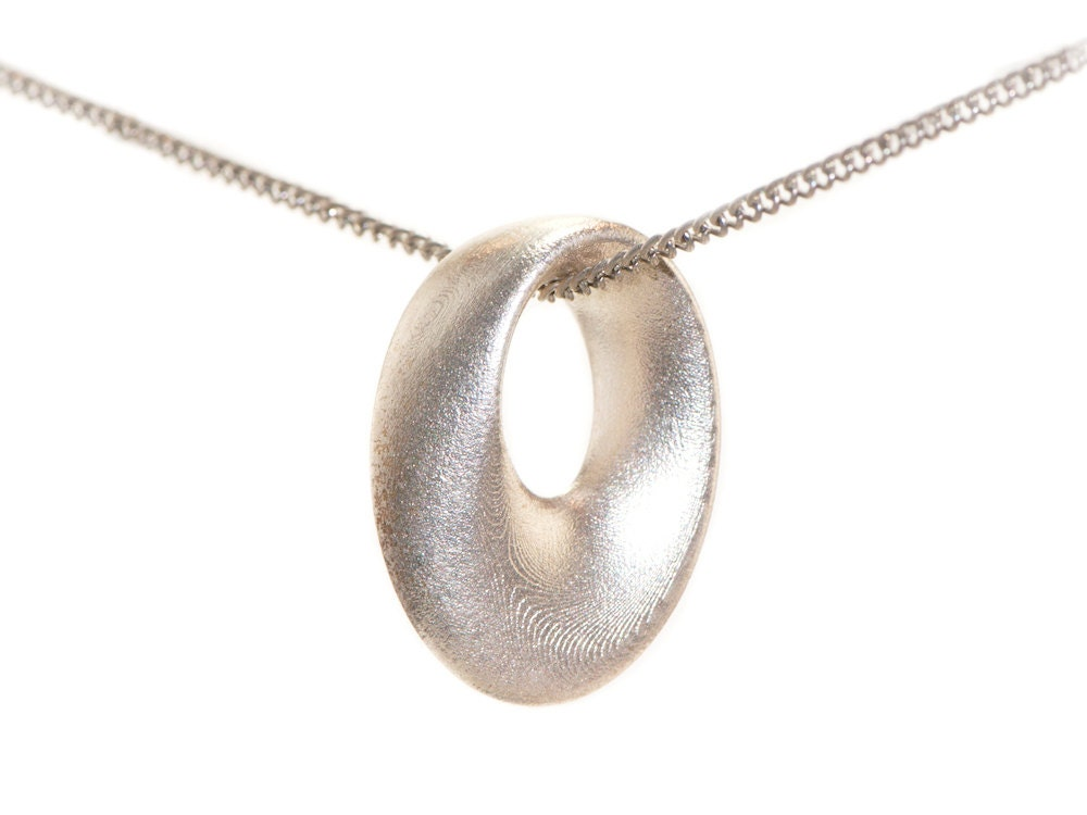 3d printed jewelry pendant necklace mobius in by