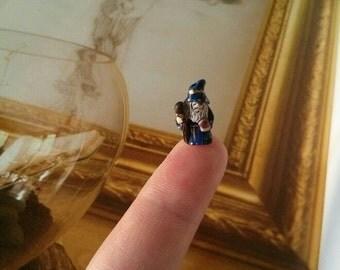miniature wizard for your diorama or terrarium