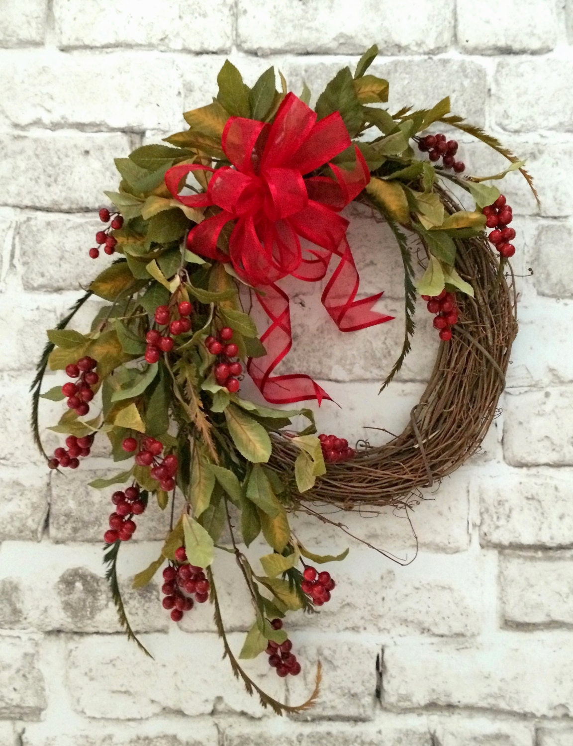 Red berry wreath christmas wreath wreath for door holiday Christmas wreath decorations