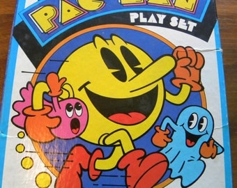 Pac Man Colorforms Colllectible
