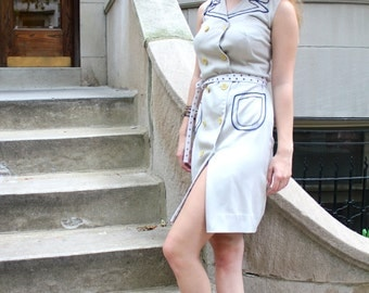 VINTAGE Light Grey Button-Up Dress (Size: Small / Medium)