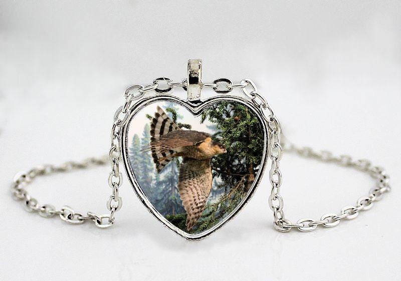 flying hawk pendant necklace bird pendant necklace bird