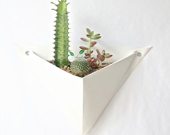 Origami Wall Planter (Single)