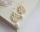Ivory White Pearls Gold Earrings Gold Paisley Earrings Gold Filigree Earrings, Bridesmaid Swarovski Ivory Pearl Gold Filigree Bridal Wedding
