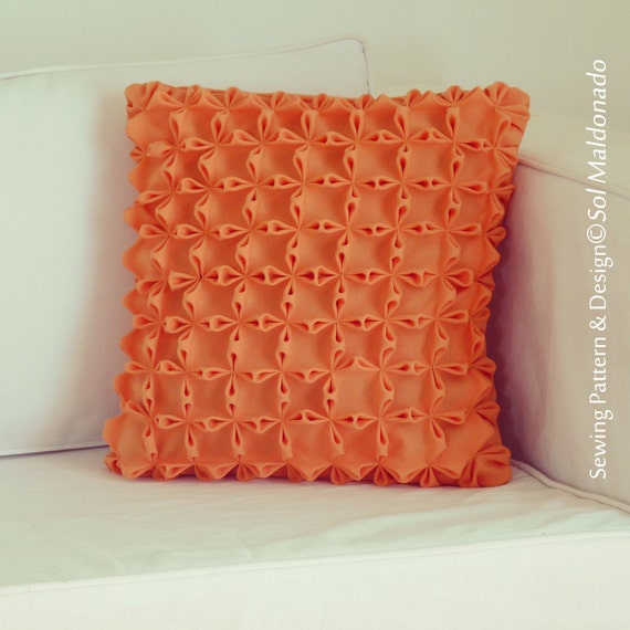Fabric Manipulation Smock decorative Pillow PHOTO Tutorial PDF -  flower envelope boho cushion - Instant DOWNLOAD