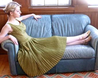 Gold Lame' Goddess Dress Anne Fogarty Vintage 1950s Saks Fifth Avenue Princess