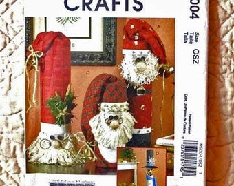 Santa Claus Snowman Pattern, McCalls M6004 Crafts, Greeters, 2009 Uncut