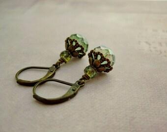 Marocco Green Mint Tea . earrings czech beads light green lumi fall english garden romance rustic picasso rondelle fine tiny earrings
