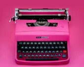 Reserved - OLIVETTI LETTERA 32 - - Portable Manual typewriter - Working Typewriter - New Ribbon - Retro
