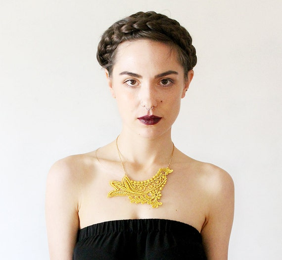 venise lace necklace // MAYLIS // bright yellow / gold  / unique gift / romantic bohemian /  unique bridal necklace