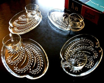 Crystal Glass A 8 Snack Set 4 CUPS 4 PLATES Vintage collectible glassware tableware gift ideas