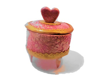 Hearted shaped Pink and Gold Round Trinket Jewelry Box with Heart Shaped Handle