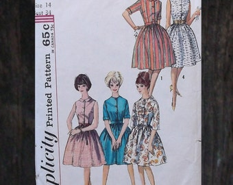 Vintage 50s to 60s Fitted Bodice and Full Skirt Dress Sewing Pattern - Simplicity 4940 // Size 14 Bust 34/