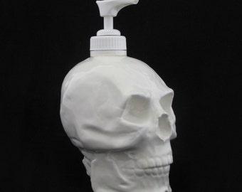 White Skull Pump Dispenser Horror Halloween Decoration Soap Dispenser for Bath Vanity Kitchen Counter or Phrenologist