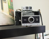 Vintage Polaroid 250 Automatic Land Camera
