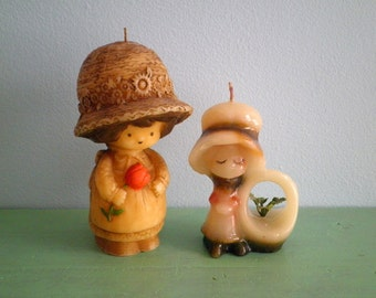 Vintage Hallmark Candle Lot of 2 - Little Vintage Girls with Big Bonnets Holding Flowers - Holly Hobbie Style