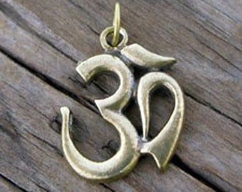 Brass Ohm OM Meditation Pendant -24.5x19mm