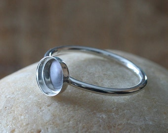 One Round 7 mm Sterling Silver Plain Bezel Cup on Ring • Size 2 to 15 • Ready for Stone or Resin • Supplies