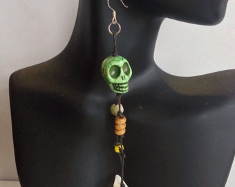 Free Spirit Howlite Skull Hemp Dangle Earrings ..
