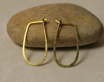 Handmade hammered gold tone hoop 25x14mm, one pair (item ID GT13-2G20)