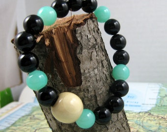 Mala Bracelet in Black Onyx and Jade Beads