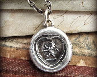 Champion of My Heart wax seal necklace - Heart shaped wax seal with Lion - E2170