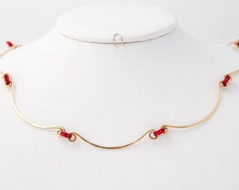 Elegent red and gold hammered choker gold necklace