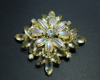 Rhinestone Ribbed and Faceted Stone Diamond Shaped Brooch and Earrings