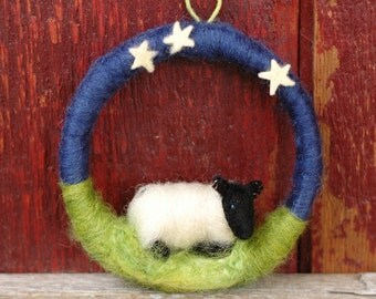 Sleepy Suffolk Lamb with Stars Above - Mini Sheep on a Mini Wreath