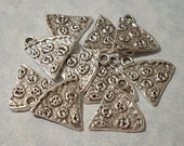 10 Pizza Charms 19mm x 19mm