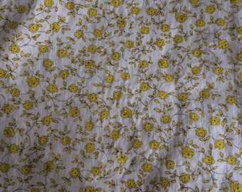 Vintage Yellow Floral Cotton - 2 7/8 Yards -  Fabric Yardage / Vintage Yardage / Cotton Fabric / Floral Fabric / Small Floral Print