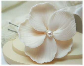 White Hibiscus Hair Clip Pin - Tropical Hair Flower, Hawaiian Wedding Hair Pin