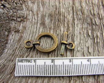 Greek Toggle Clasps - Antique Brass Color - 5 Simple Round Toggle Clasp 18mm Lead Free - Mykonos Castings 18 mm